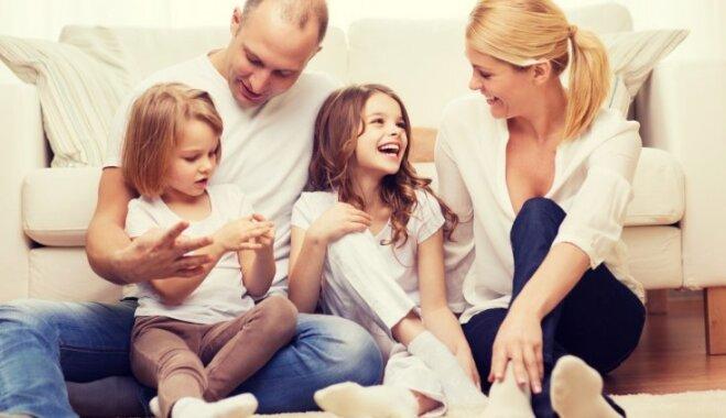 12 stereotipiskas bērnu audzināšanas formas, no kurām vecākiem vajadzētu izvairīties