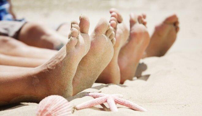 Босиком по пляжу: как под кожей подростка поселились черви