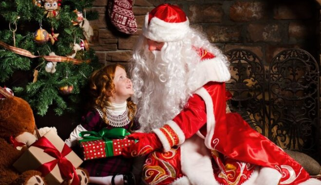 Amata noslēpumi - Ziemassvētku vecītis pēc izsaukuma: piecas eglītes dienā un 'zila' Sniegbaltīte