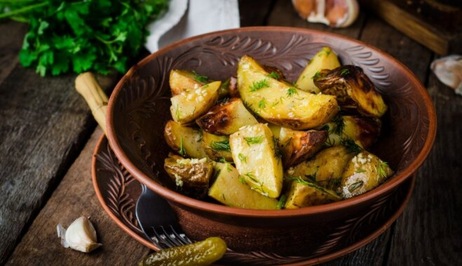 Lai gatavo cepeškrāsns! 12 kārdinošas receptes ceptiem kartupeļiem