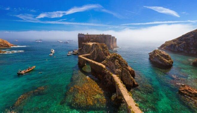 Sala Portugāles piekrastē, kur vienlaicīgi var atrasties ne vairāk kā 350 cilvēki