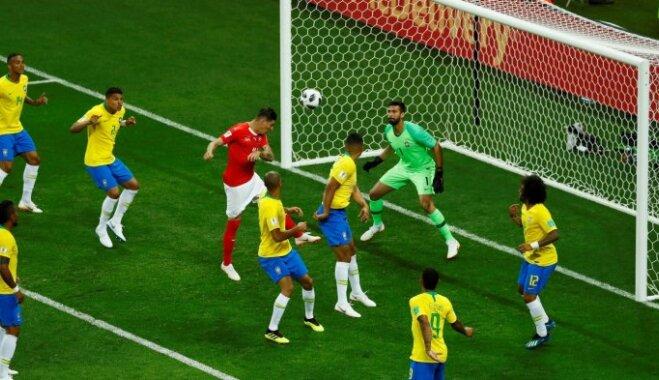 Šveices futbolisti aptur Neimaru un Brazīliju