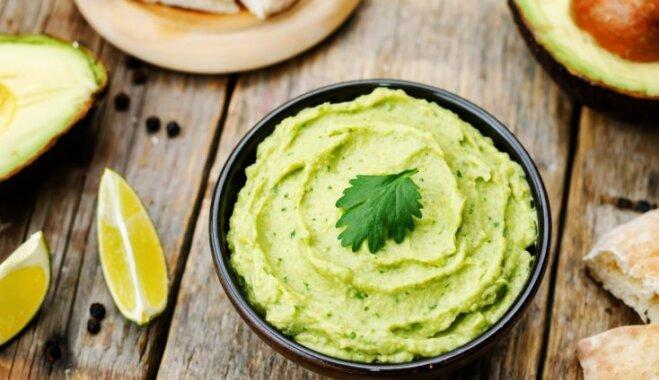 12 pavasarīgi zaļas uzkodu mērces – receptes no visas pasaules