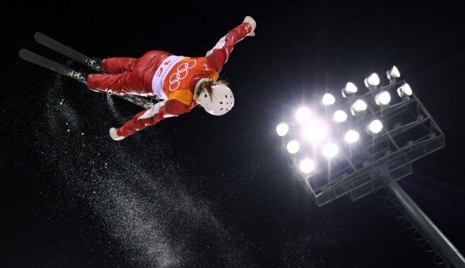 Huskova akrobātikas lēcienos izcīna Baltkrievijai pirmo zelta medaļu Phjončhanā