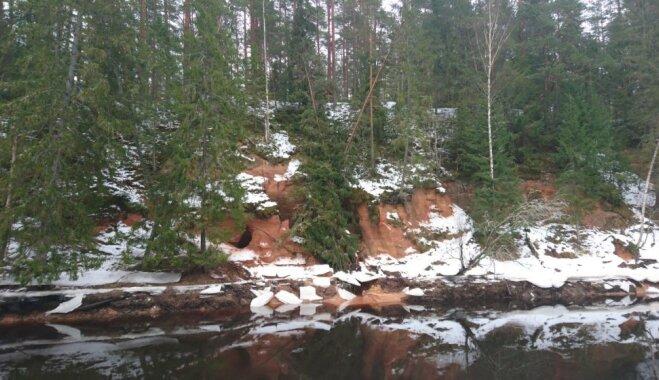 ФОТО: Обвалилась самая длинная пещера Латвии; ее растаскивают на сувениры