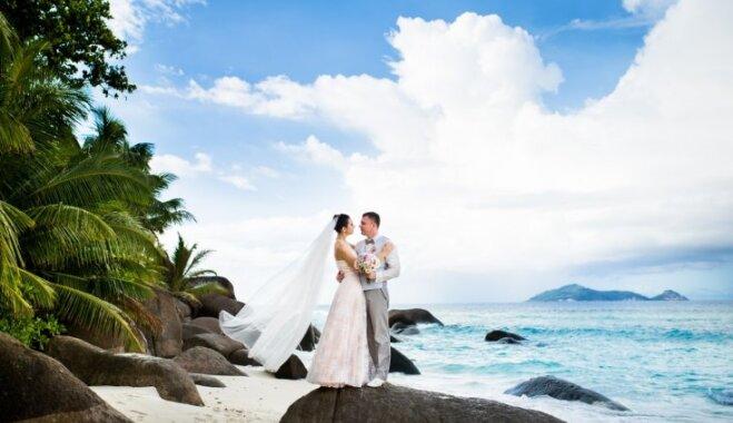 Свадьба, как в голливудском фильме. Как латвийская пара расписалась на Сейшелах