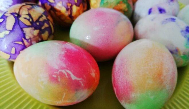 Пена для бритья, зелёнка и салфетки: необычные способы окрашивания яиц