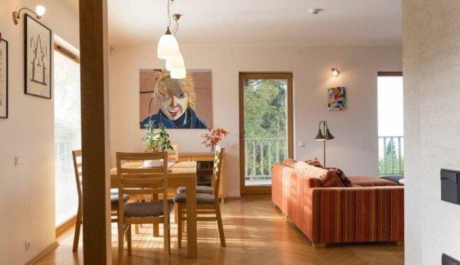 Foto: 415 tūkstošus eiro vērtā māja, kur dzīvoja ievērojamais igauņu aktieris Lembits Ulfsaks