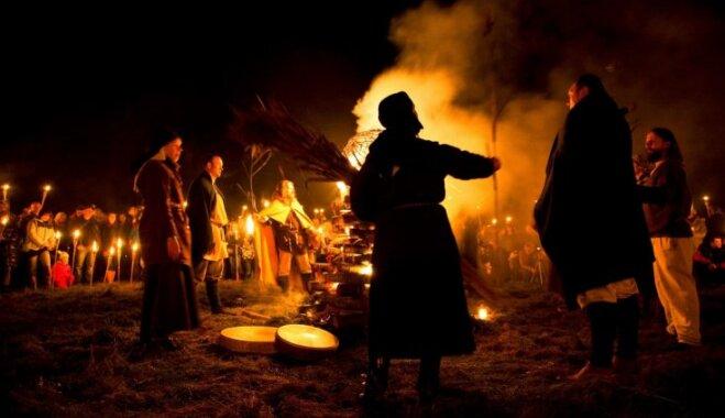 Vienkoču parks aicina atklāt gaismas un tumsas maģiju gadskārtējā Uguns naktī