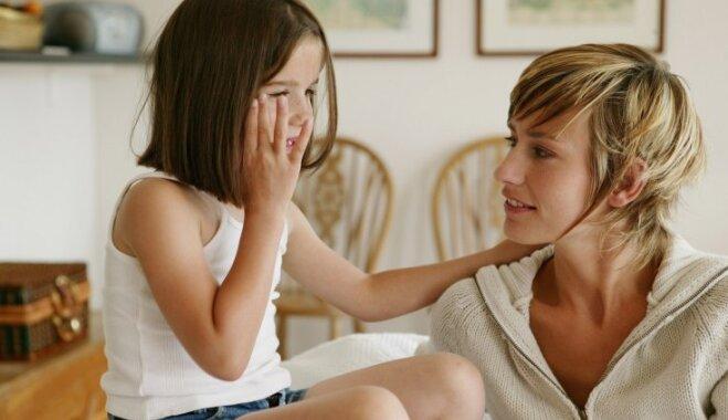 Trīs tēmas, kuras nekad nevajadzētu apspriest ar saviem bērniem
