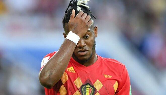 Футболист сборной Бельгии нелепо отпраздновал гол и стал объектом издевок в соцсетях