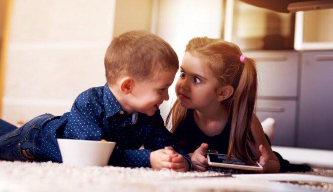 Mamma dalās pieredzē, ar kādām viltībām pārtraukt kašķus starp brāļiem un māsām