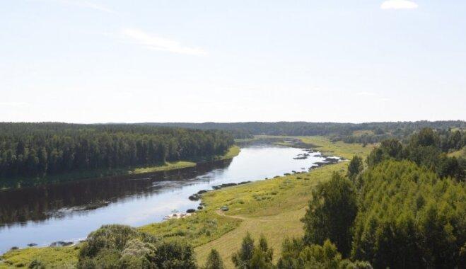 Pierobežas iepazīšana: Daugavas loki, pamesta armijas bāze, Ēģipte un Raiņa dzimtās vietas
