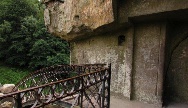 Eksteršteina – iespaidīgās klintis, ko izmantojuši gan vientuļnieki, gan nacisti