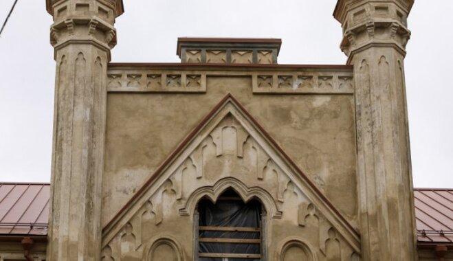 Foto: Stāstiem apvītā Preiļu pils, kur tagad notiek restaurācijas darbi
