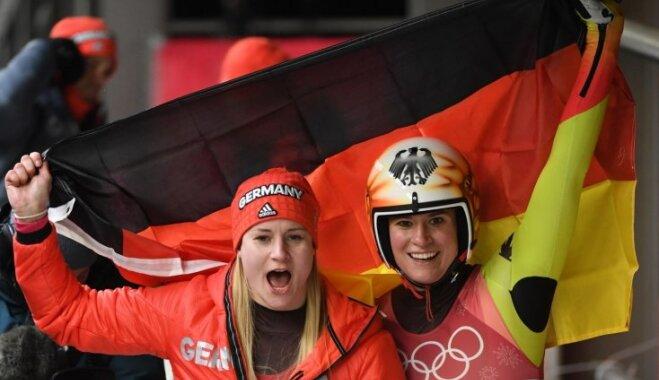 Phjončhanā kamaniņu braukšanā triumfē vācietes; Latvijas sportistes olimpiādi noslēdz otrajā desmitā
