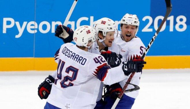 Хоккей: определился соперник россиян по четвертьфиналу, выбыли Швейцария и Словакия