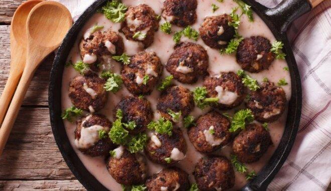 Mērcē sutinātas gaļas bumbiņas ātrām vakariņām: 12 receptes un padomi izsalkušajiem