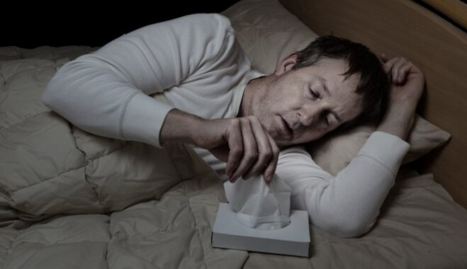 Усталость, синяки и удушье — какие симптомы могут указывать на лейкоз