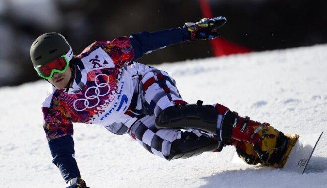Naturalizētais Krievijas sportists Vailds iegūst zeltu snovborda paralēlajā milzu slalomā