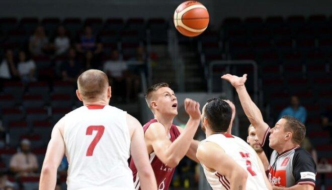 Porziņģa debijā Latvijas izlase izcīna uzvaru pirmajā spēlē Rīgā