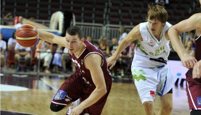 Сборная Латвии вырвала победу над турками на турнире в Гамбурге