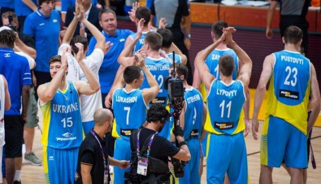 Ukraina nepažēlo mājinieci Izraēlu un ar graujošu uzvaru iekļūst izslēgšanas turnīrā
