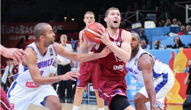 Против Франции сборной Латвии хватило на половину матча