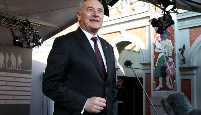 Экс-президент Берзиньш будет кандидатом на выборах в Риге