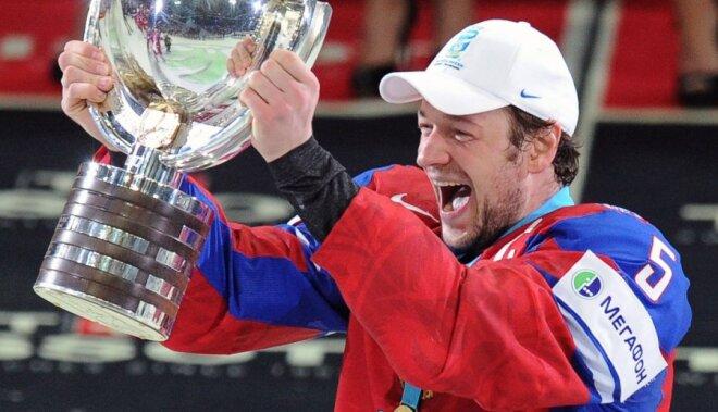 Krievijas hokejisti atgūst pasaules čempionu titulu