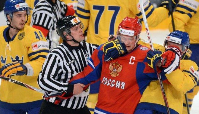 Fotoreportāža: hokeja cīņas Stokholmā un Helsinkos PČ astotajā dienā