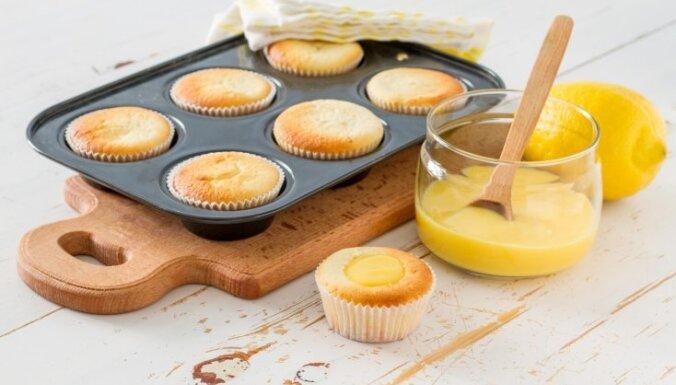Desertu krēmi no citroniem, vaniļas un pat smiltsērkšķiem: kā pagatavot un kur izmantot