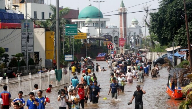 В Индонезии начали поиски мест для новой столицы