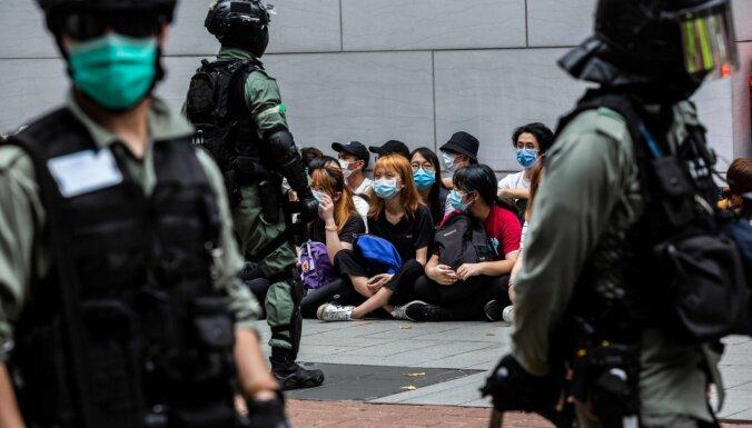 Honkonga vairs nav politiski autonoma no Ķīnas, secina ASV