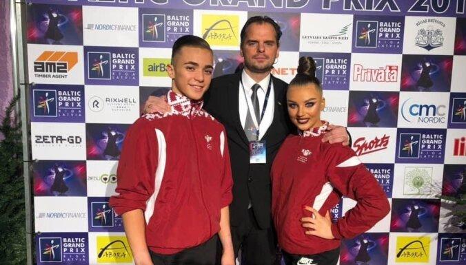 Latvijas jauniešu pāris iekļūst pusfinālā pasaules čempionātā Latīņamerikas dejās