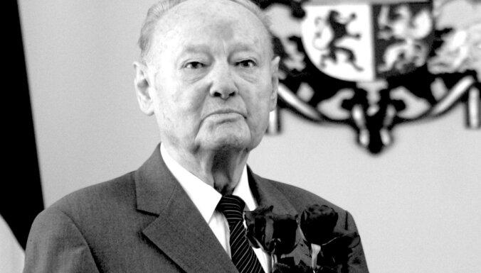 104 gadu vecumā mūžībā devies KDS dibinātājs Atis Antons Homka