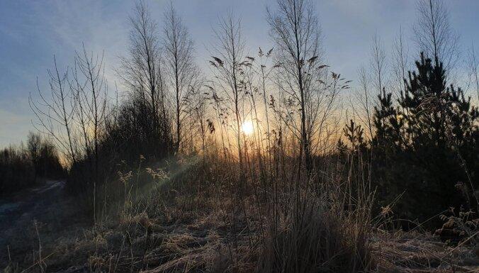 Saullēktā temperatūra pazeminājusies līdz -6 grādiem; svētdien vietām līs un kļūs siltāks