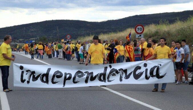 ЕК: независимой Каталонии придется выйти из ЕС