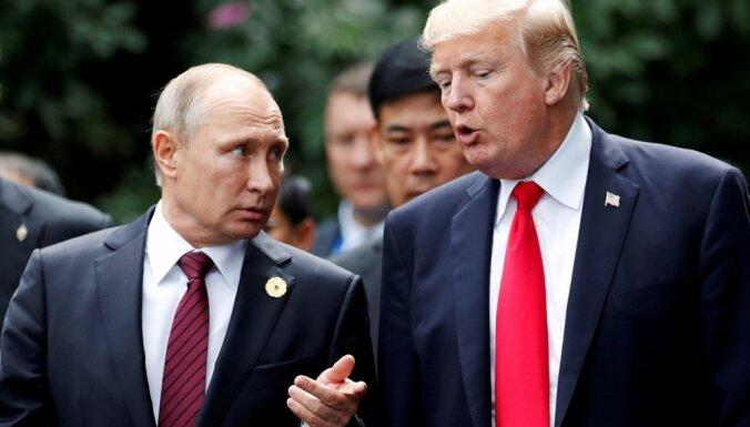 Tramps ir Putina dvīnis, paziņo Ņujorkas mērs