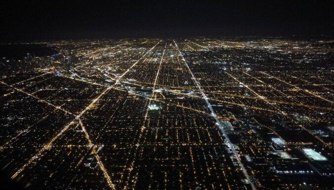 Čikāgas debesskrāpju džungļos: ceļotājiem draudzīgas vietas, ko izbaudīt ASV metropolē