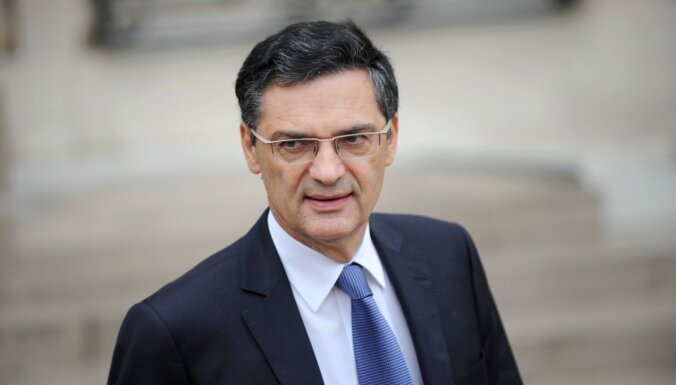 Во Франции экс-министр умер от коронавируса