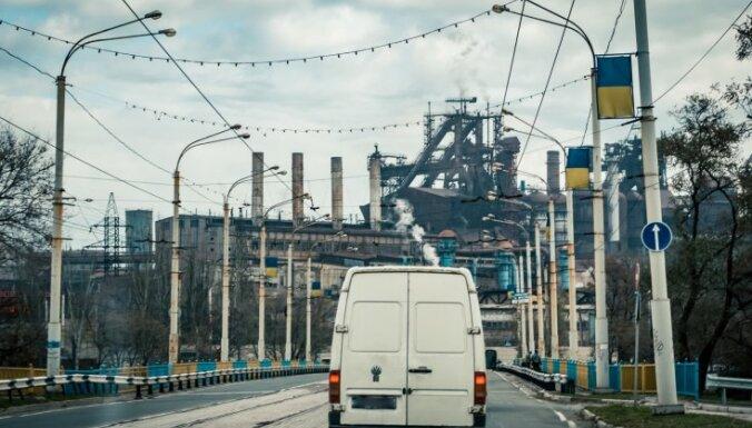 'Delfi' Mariupolē: Milicis no Doņeckas un nemitīgi uzbrukuma draudi