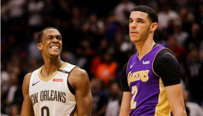 Losandželosas 'Lakers' piekto sezonu pēc kārtas netiek 'play off'