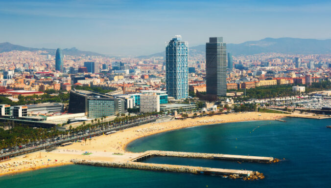 Море и песок под рукой: 9 лучших городских пляжей в мире