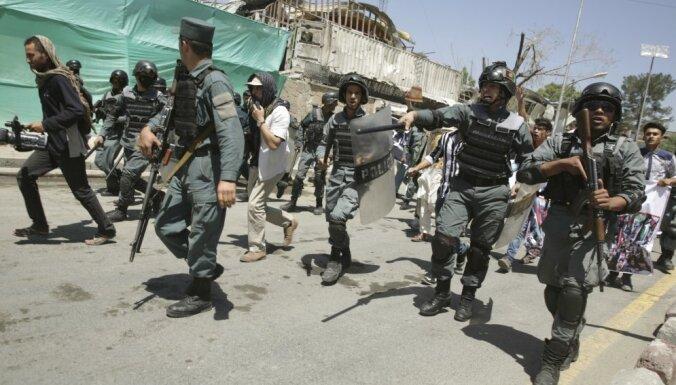 Пентагон потратил $94 млн на неподходящую для полиции Афганистана форму