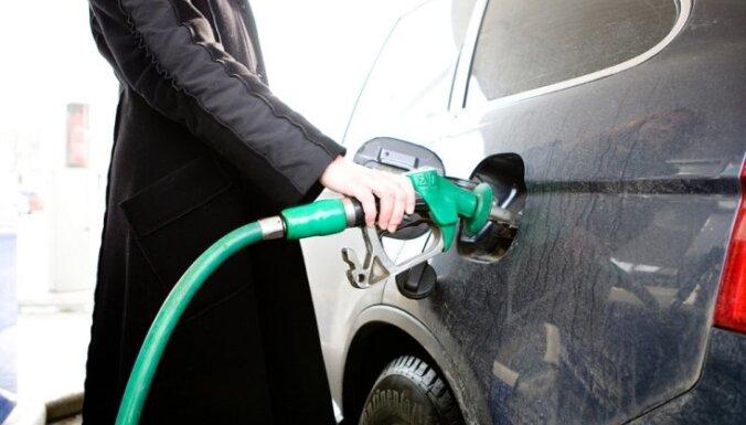 Эксперт: ставку акциза на нефтепродуты надо синхронизировать с литовской и польской ставками