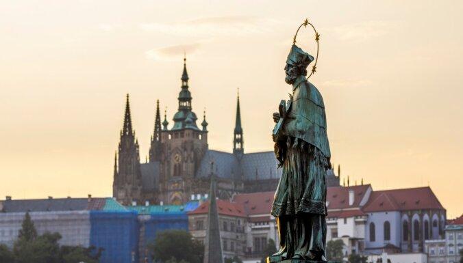 Сенат Чехии призвал правительство расторгнуть договор о дружбе с Россией