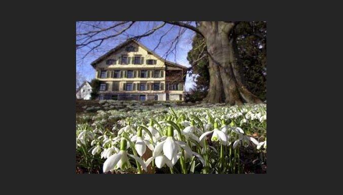 В Швейцарии весна. А у нас – нет. (c) EPA-AFI