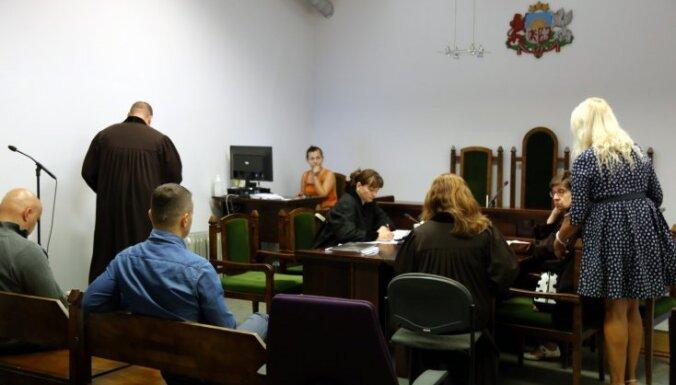 Liecinieku vidū nav vienprātības par iespējamām nelikumībām Centrāltirgū