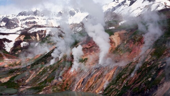 Проснувшийся на Камчатке вулкан уничтожил две базы